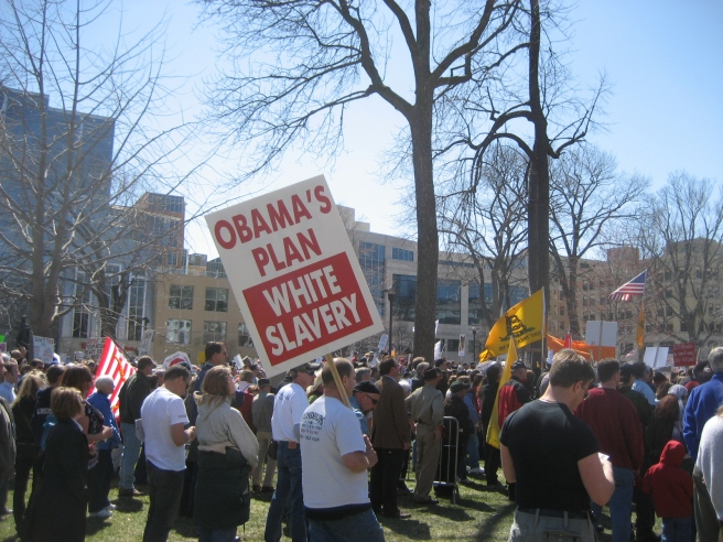 file-signs_of_madison27s_tea_party_22obama27s_plan_white_slavery22